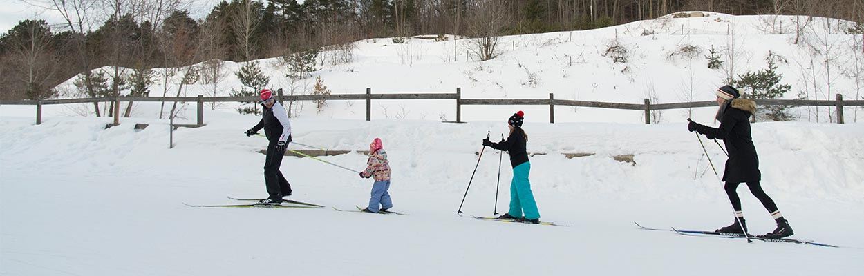 Cross Country Skiing 1250x400 - Top 5 Winter Activities To Do This Family Day Weekend