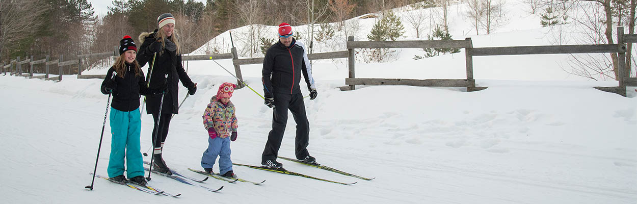 Dressing warmly 1250x400 - Maple Tours and Winter Fun in Ontario's Lake Country