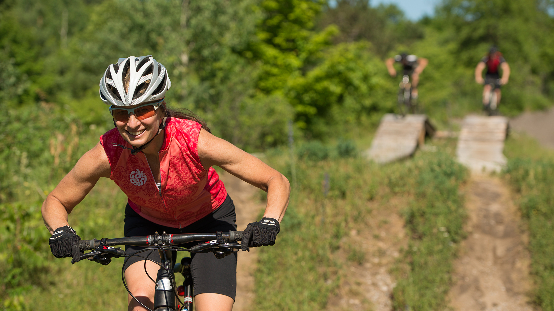 Hardwood Blog Photo - Beautiful Cycling Locations in Ontario's Lake Country