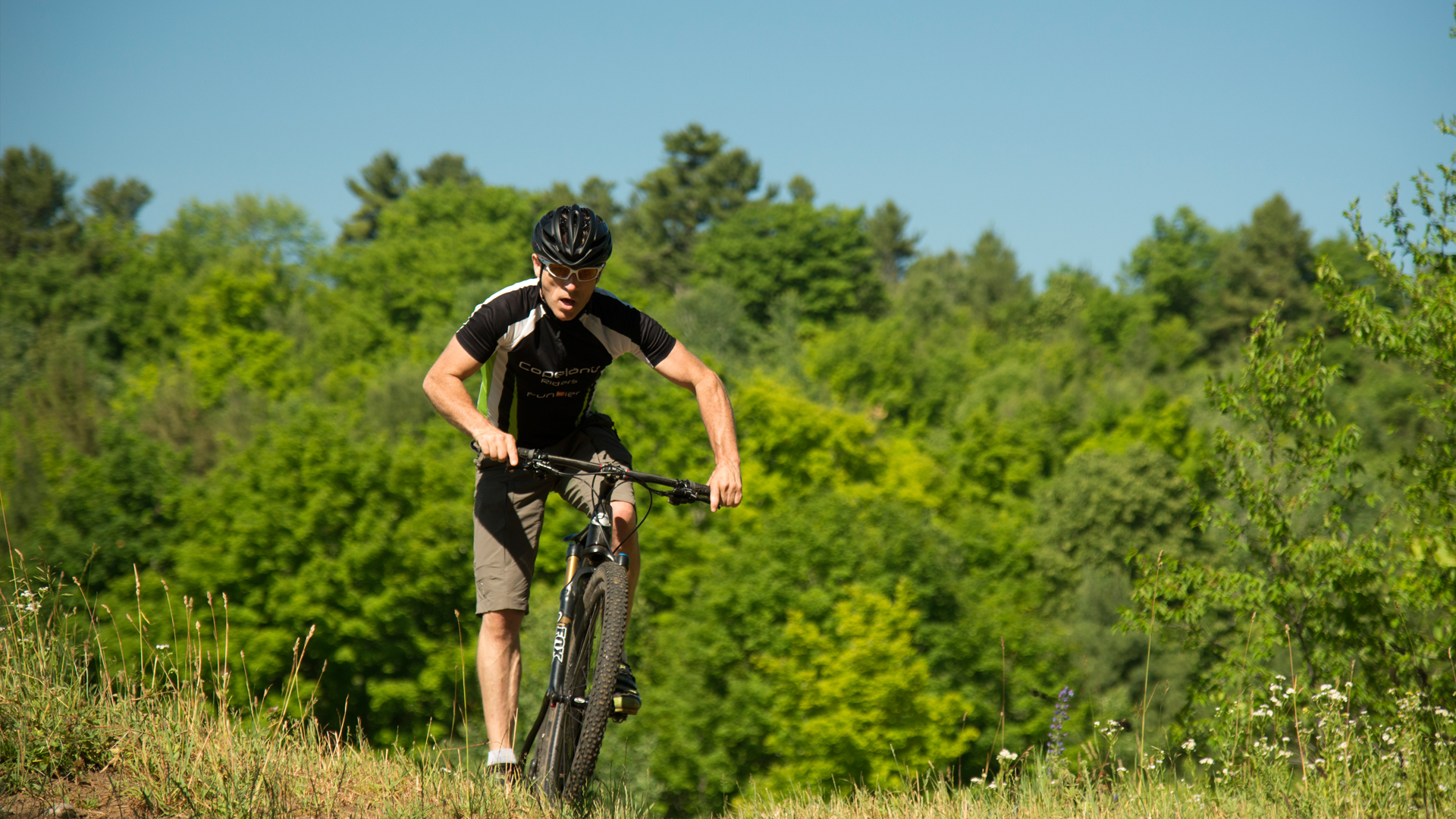 cycling - Beautiful Cycling Locations in Ontario's Lake Country