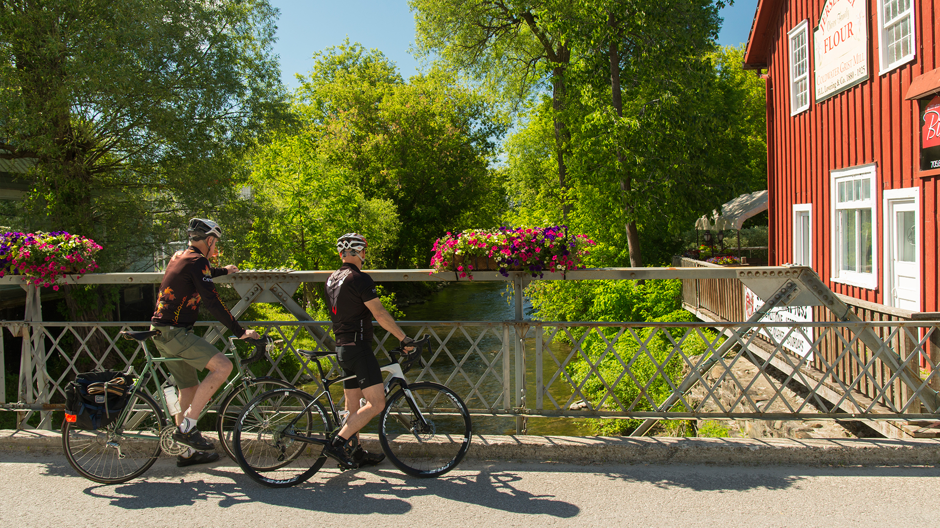 coldwater - Cycle through Ontario's beautiful scenery